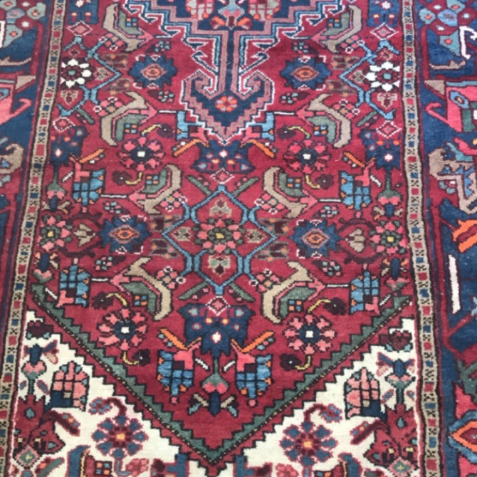 Impeccable Finds: Vintage rugs.
