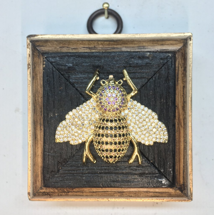 Impeccable Find: Museum Bees